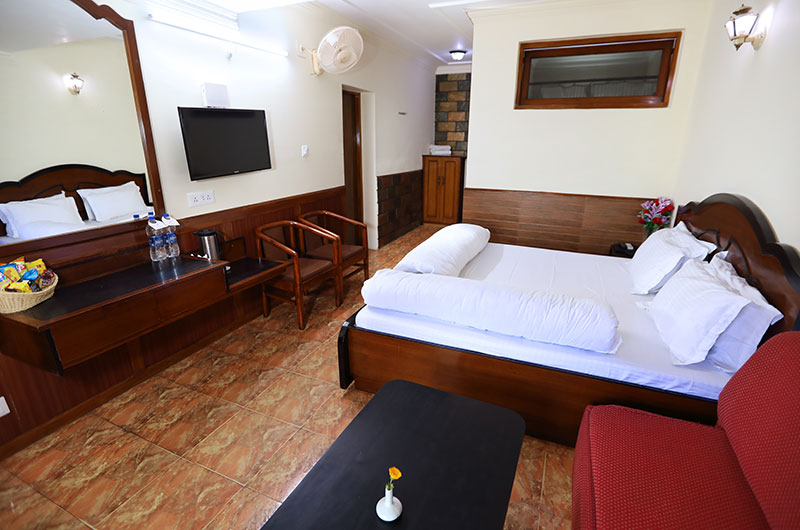 Deluxe Family Suite at Hotel Vishnu Palace