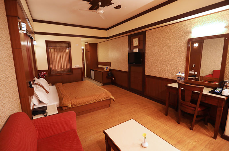 Superior Honeymoon Special Room at Hotel Vishnu Palace
