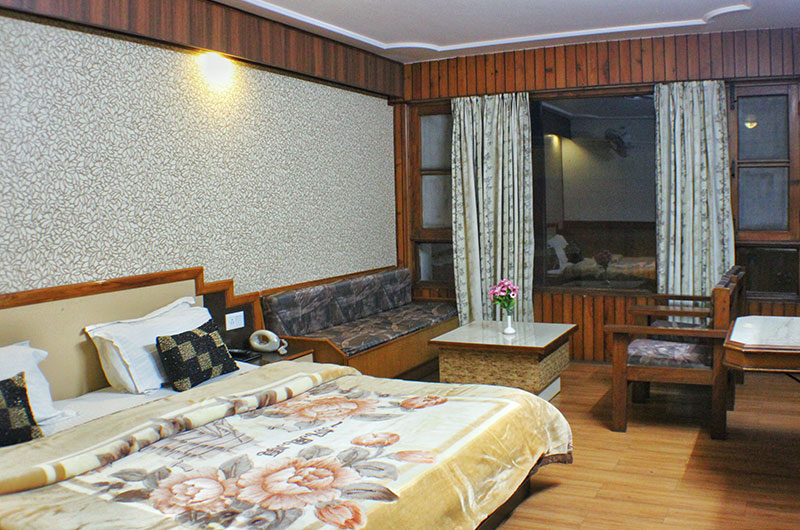 Deluxe Room at Hotel Vishnu Palace